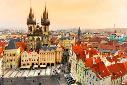 Fotobehang Praag Prague, Tyn Church and Old Town Square