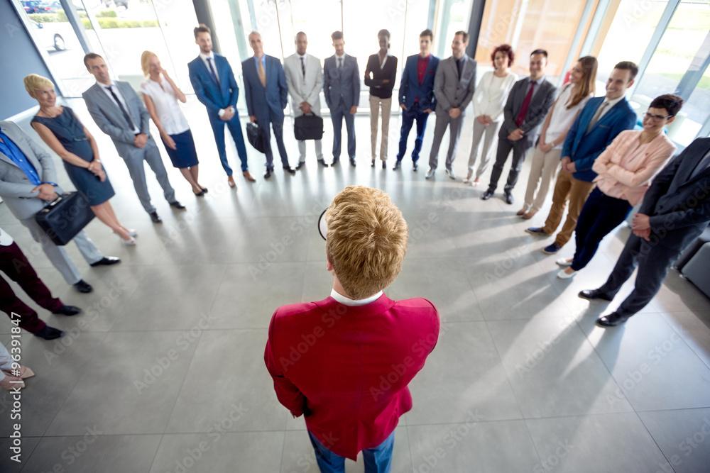 Fototapeta Manager hold speech