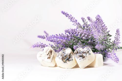 serca-mydlo-spa-z-kwiatow-lawendy