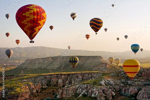 Poster Montgolfière / Dirigeable The great tourist attraction of Cappadocia - balloon flight. Turkey