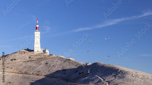 Fotobehang Luchtsport Paragliders on top of Mont Ventoux