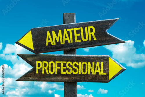 Photo Amateur - Professional signpost with sky background