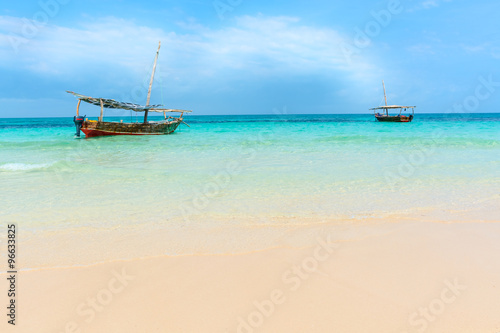 Foto op Canvas Zanzibar Dhow boats Indian ocean