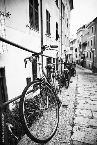 obraz PCV Biciclette nel vicolo