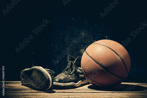 Photo  Basketball