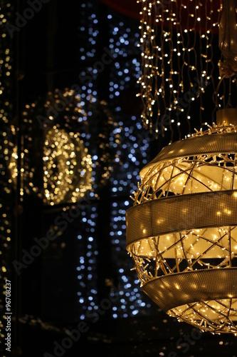 Moderne Weihnachtsbeleuchtung.Moderne Weihnachtsbeleuchtung Kaufen Sie Dieses Foto Und Finden