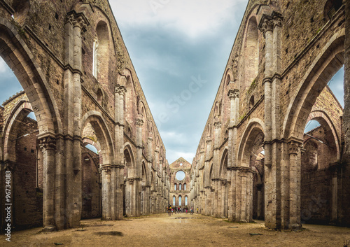Tuinposter Rudnes Internal view of the ruins of San Galgano Abbey near Siena, Ital