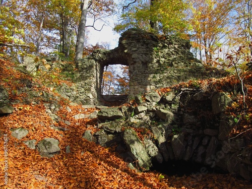 Foto op Canvas Begraafplaats Remnants of walls of Hradisko castle in the Czech republic in autumn