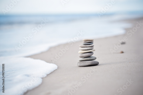 Aluminium Prints Stones in Sand Yoga - Wellness - Steine am Nordseestrand