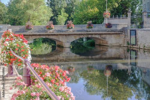 Poster Bridges Vue sur le pont de la Marne, Joinville, Haute Marne, Champagne Ardennes, France