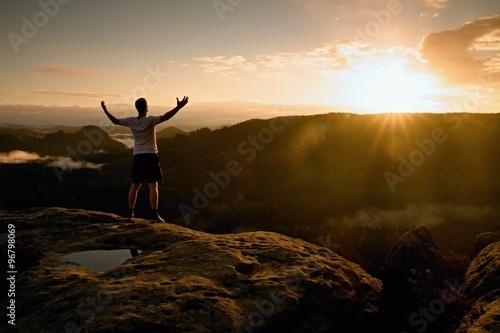 Fotografia Runner on the peak