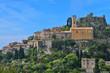 Küste Südfrankreich / Häuser auf einem Hügel an der Côte d'Azur,