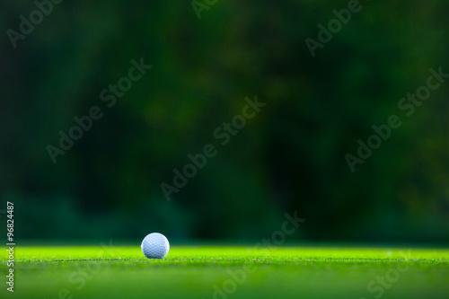 La pose en embrasure Golf Ball