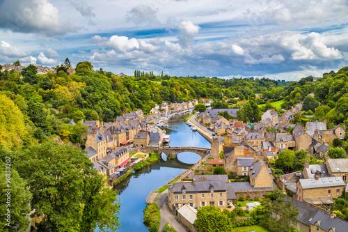 Fotografie, Obraz  Historické město Dinan, Bretagne, Francie