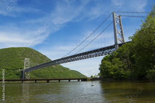 Juliste  Bear Mountain Bridge and Hudson River