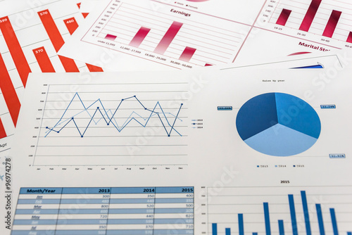 Documents with statistics and analytical research for report - 96974278