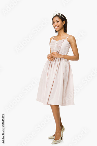 Young woman in prom dress Fototapet