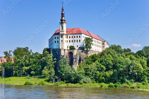 Photo  castle and Elbe river, Decin town, Czech republic
