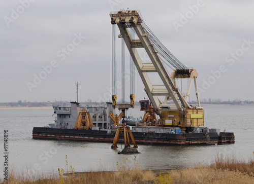 Fotografia, Obraz  Dredger ship on the river