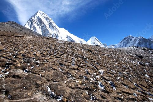 Wall mural - Pumori Peak - Nepal