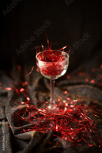 Spoed Foto op Canvas Bar glass without wine - abstinence/alkoholfree almost angelic in a glass