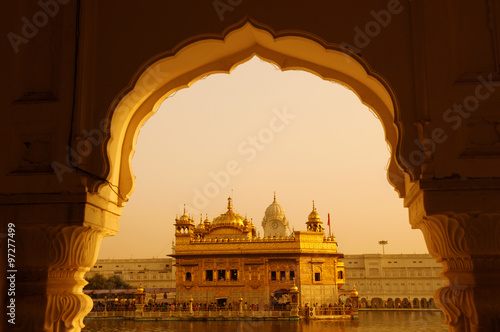Photo  Golden Temple sunset