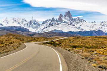 Straße nach El Chalten