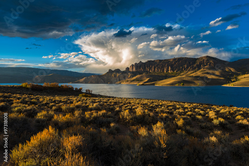 Fotografia  Wayne N. Aspinall Storage Unit Colorado Curecanti National Recre