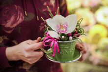 Small Bouquet With Big White O...