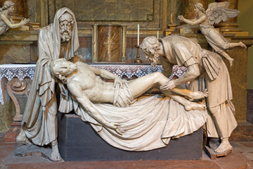 FototapetaVienna - statue of Burial of Jesus in Michaelerkirche