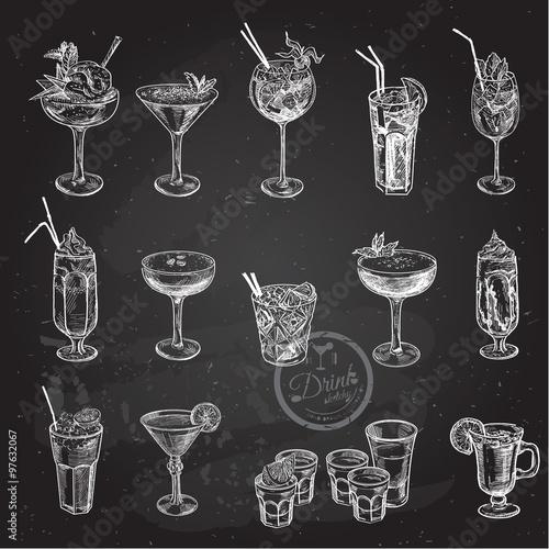 Fotografía  Hand drawn sketch set of alcoholic cocktails. Vector illustration