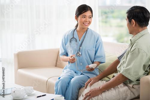 Fotografering  Blood pressure control