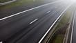 Autobahn/ Verkehr bei Nebel: Unfallgefahr