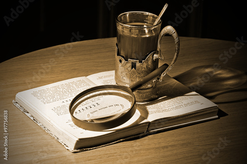 "Fotografia  Still Life ""Thinking about the Sherlock Holmes"""