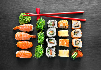 FototapetaSushi set and chopsticks