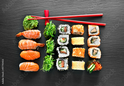 Sushi set and chopsticks - 97793433
