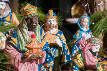 Painted Pottery Statue Portraying One Of The Three Wise Men, Work By A Ceramic Artisan In Caltagirone