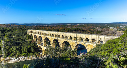 Spoed Foto op Canvas Artistiek mon. Pont du Gard is an old Roman aqueduct near Nimes