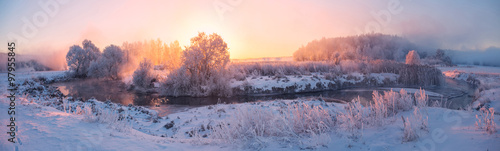 Poster Campagne sunny winter sunrise on river