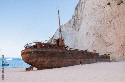 Poster Naufrage Famous shipwreck on Navagio Beach