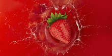 Strawberry Splash Into Red Jui...
