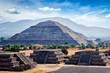 Leinwanddruck Bild - Panorama of Teotihuacan Pyramids