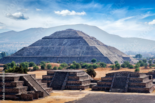 Photo sur Aluminium Mexique Panorama of Teotihuacan Pyramids