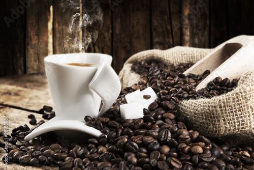 Cadres-photo bureau Café en grains hot coffee background