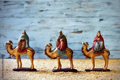 Leinwand Poster Die drei Könige in ihren Kamelen