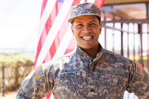 Fotografía  Nos soldado del ejército al aire libre