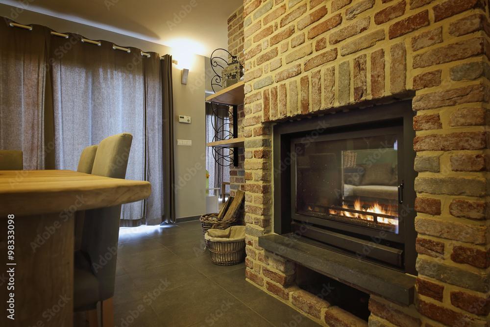 intérieur maison salon avec insert feu central double face ...
