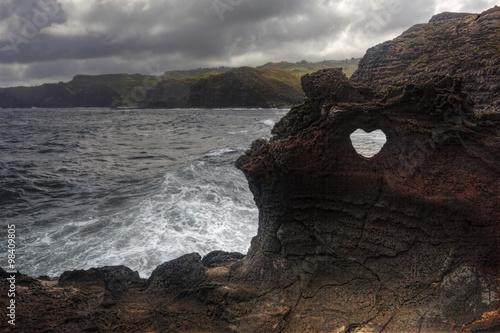 Valokuva  Heart shape at Nakalele in Hawaii