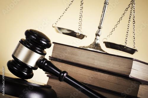 pojecie-prawa-i-sprawiedliwosci