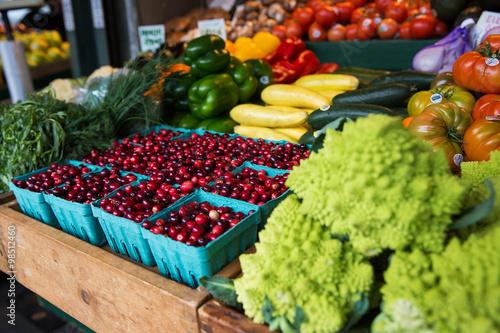 Valokuva  fresh fruit and vegetable market